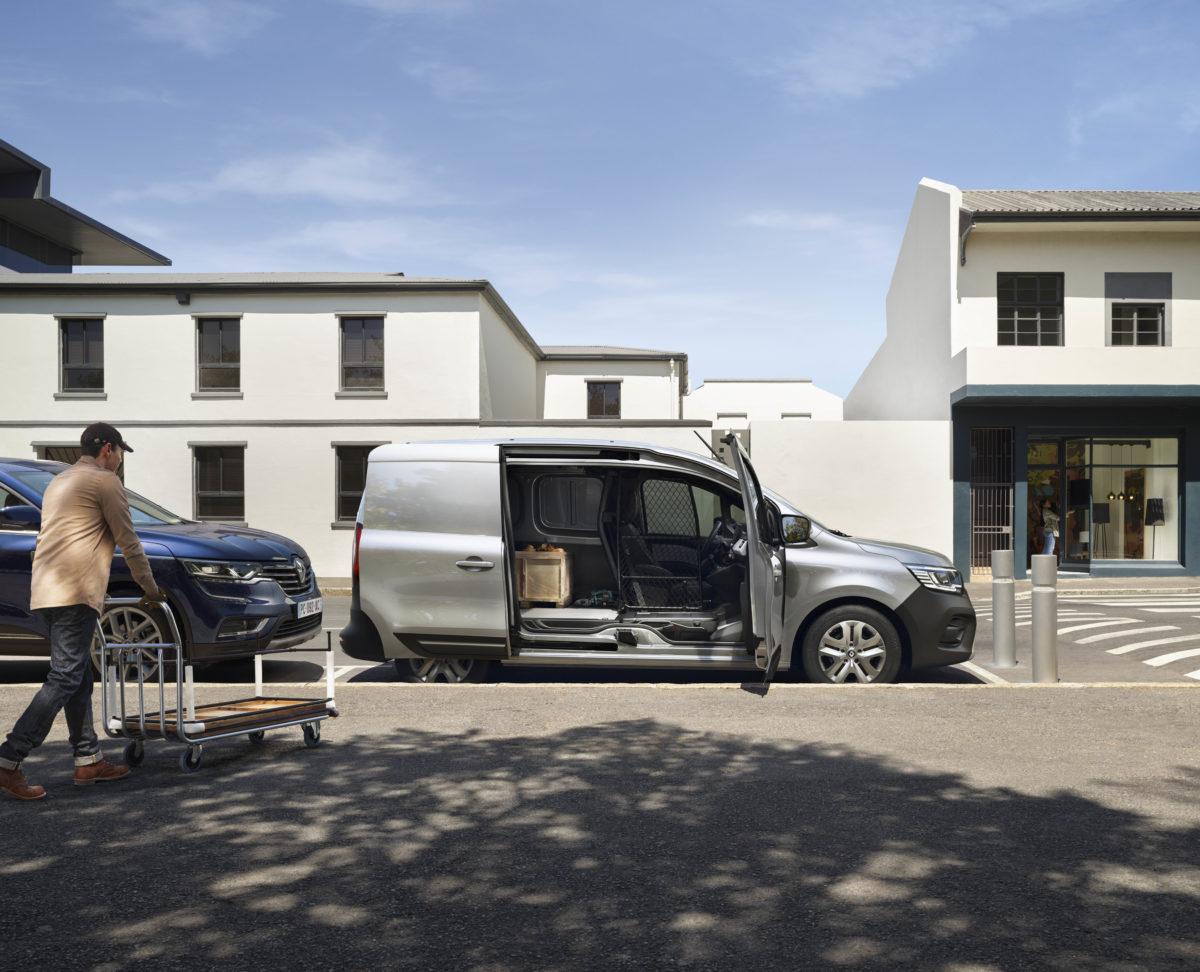 Renault overhauls commercial vehicle range