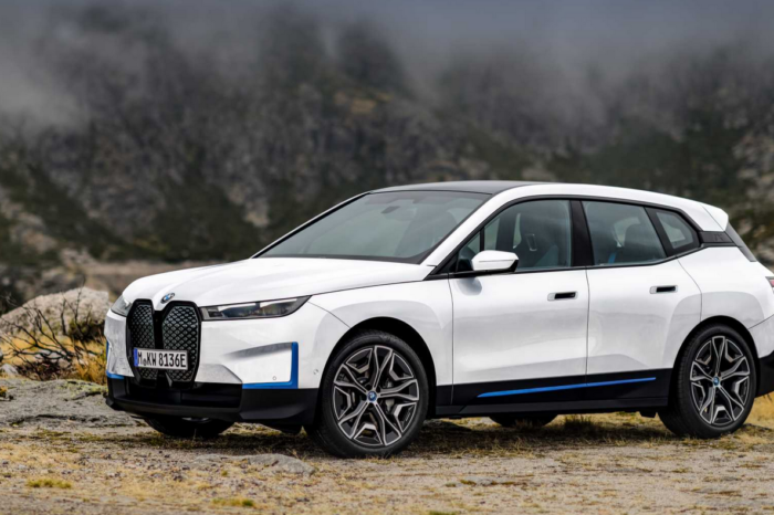 BMW gives more details about new iX flagship