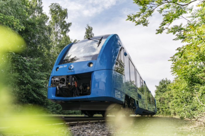 France to put hydrogen trains on the rails by 2023
