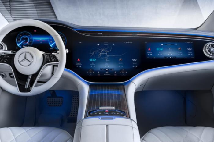 Mercedes EQS has 'hyperscreen' dashboard