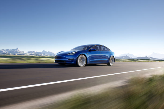 Tesla hits record profit in Q1
