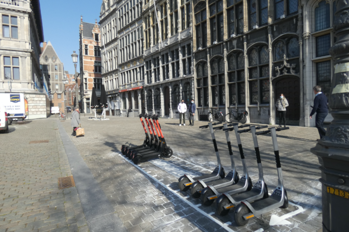 Antwerp marks 'drop zones' for e-steps