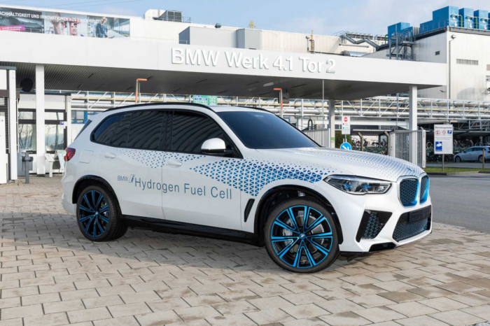 BMW preps for small-series i Hydrogen NEXT production