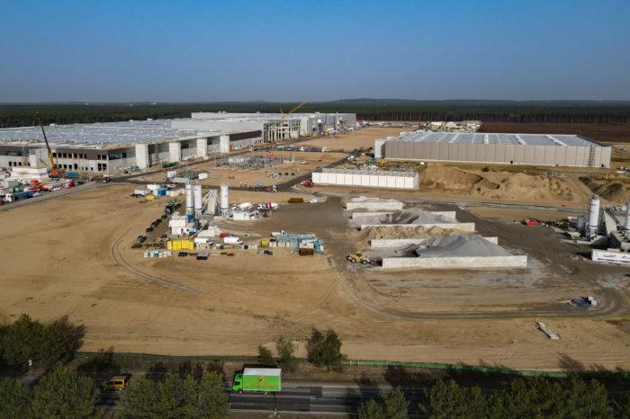 Tesla gigafactory in Berlin delayed by six months