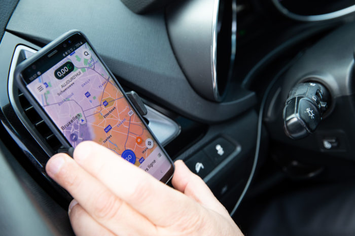Ride-hailing drivers protest in Brussels against smartphone ban