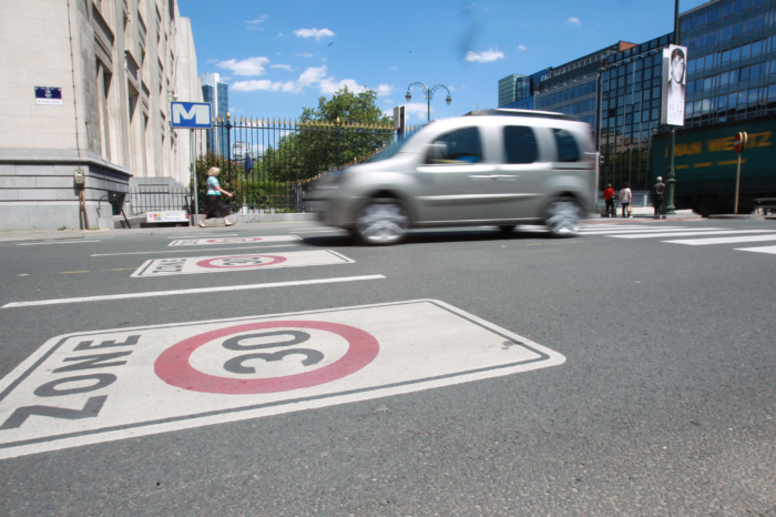Zone 30 in Brussels: lower speeds and less serious accidents