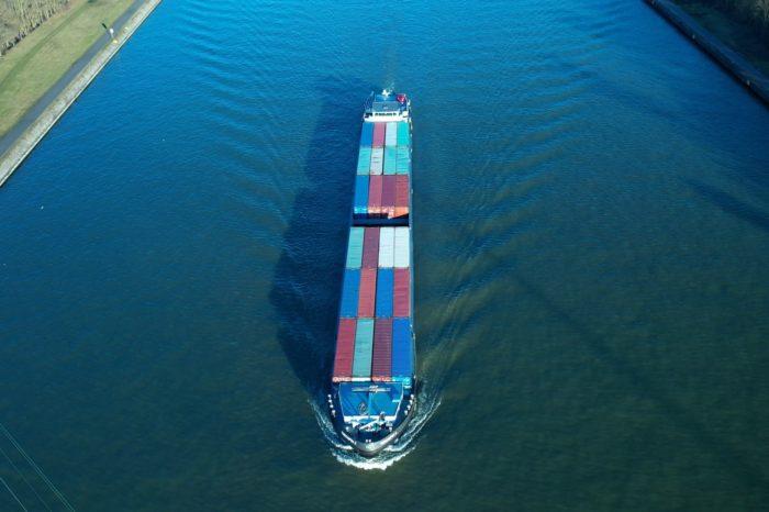 First semi-autonomous barge in Europe runs between Liège and Antwerp