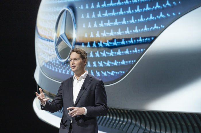 Daimler first German carmaker to produce its own battery cells?