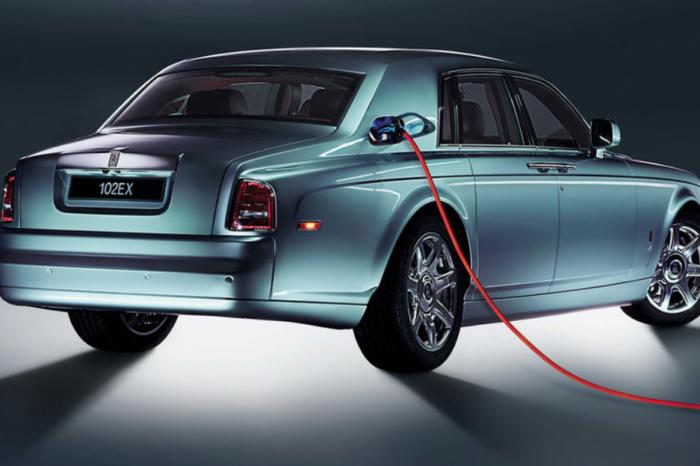 Rolls-Royce confirms first EV