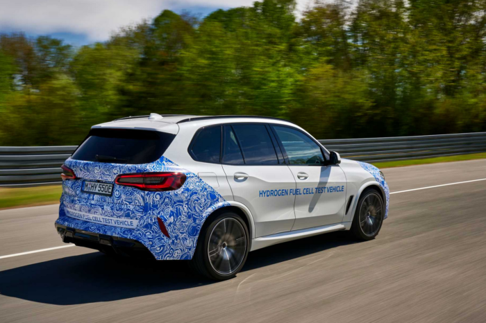 BMW starts hydrogen X5 testing