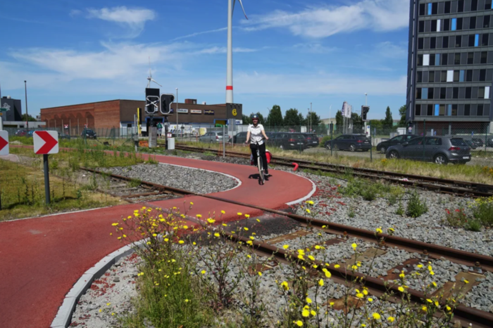 Port of Antwerp to invest €40 million in bicycle infrastructure