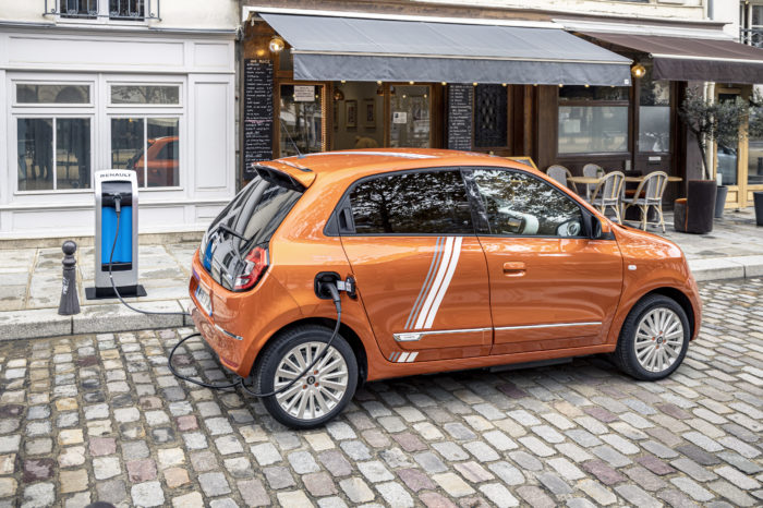 France shuns transition to all-electric cars