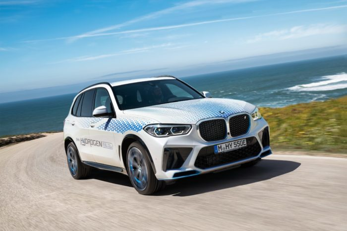 BMW to demo iX5 Hydrogen at the IAA Mobility in Munich
