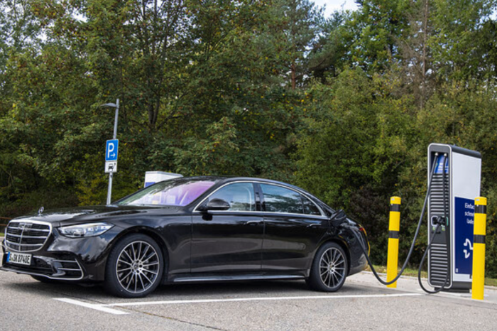 Daimler to abandon PHEVs gradually