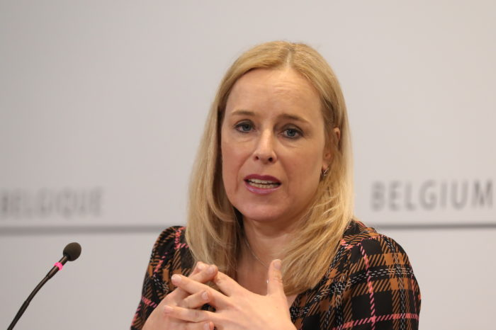 De Bleeker: 'EV charging pricing should be transparent'