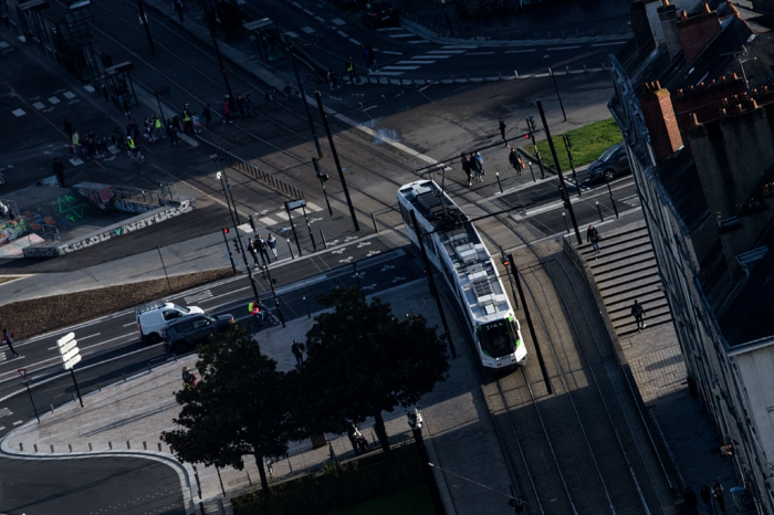 France invests €900 million in 162 new public transport projects