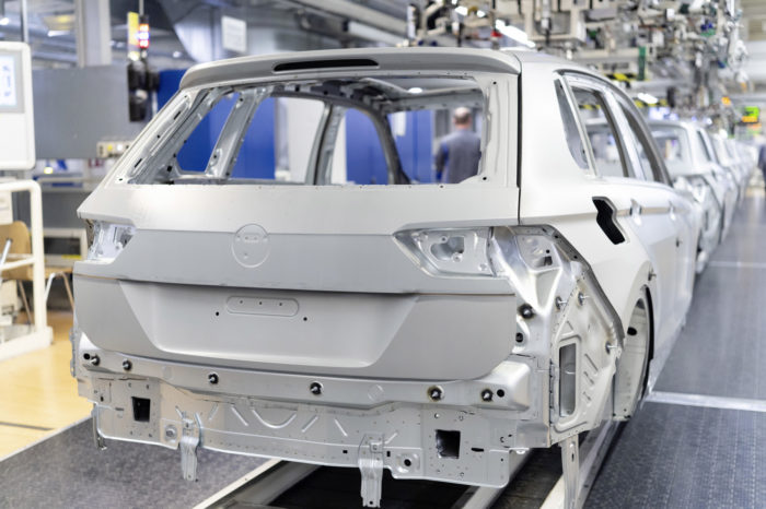 Chips shortage: Volkswagen, Stellantis, and Ford pause production