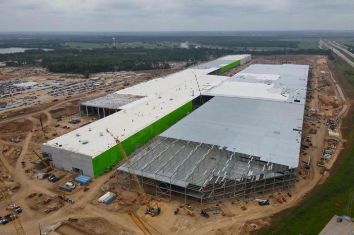 Tesla moves its headquarters to Austin, Texas
